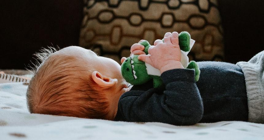 How To Treat Sticky Eye In A Newborn