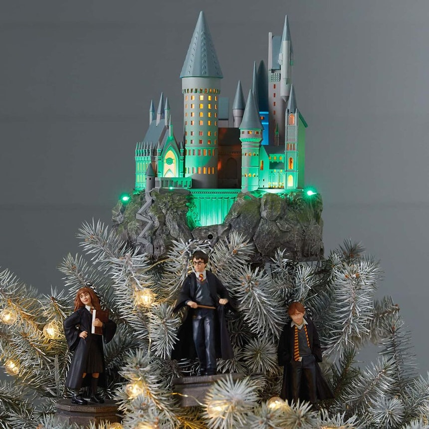 You Can Now Get Harry Potter Christmas Tree Toppers