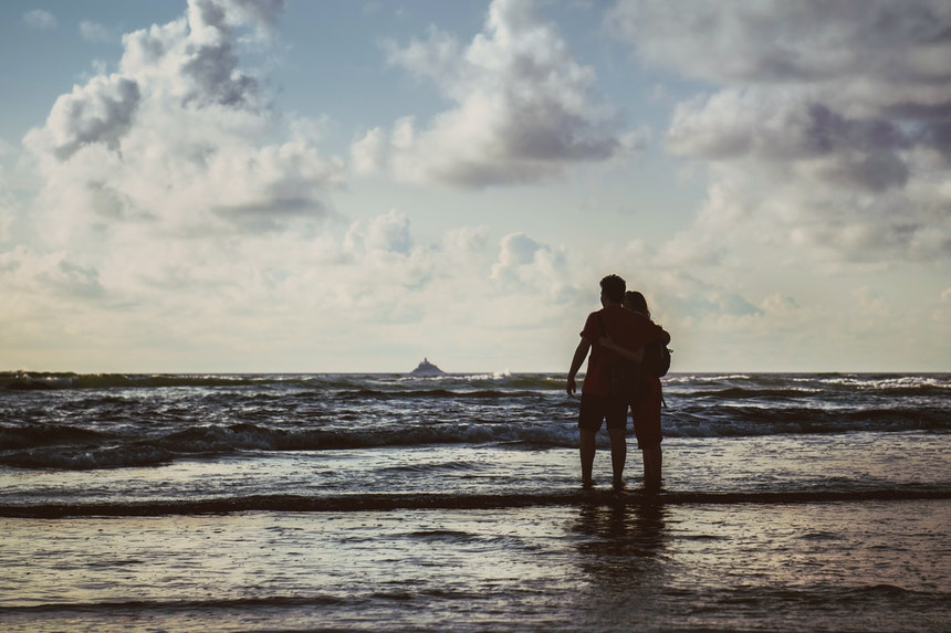 How To Cope When Your Teen Falls In Love