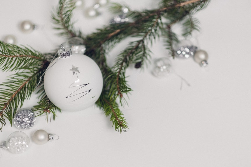 10 Ways To Reign In The Spending This Christmas